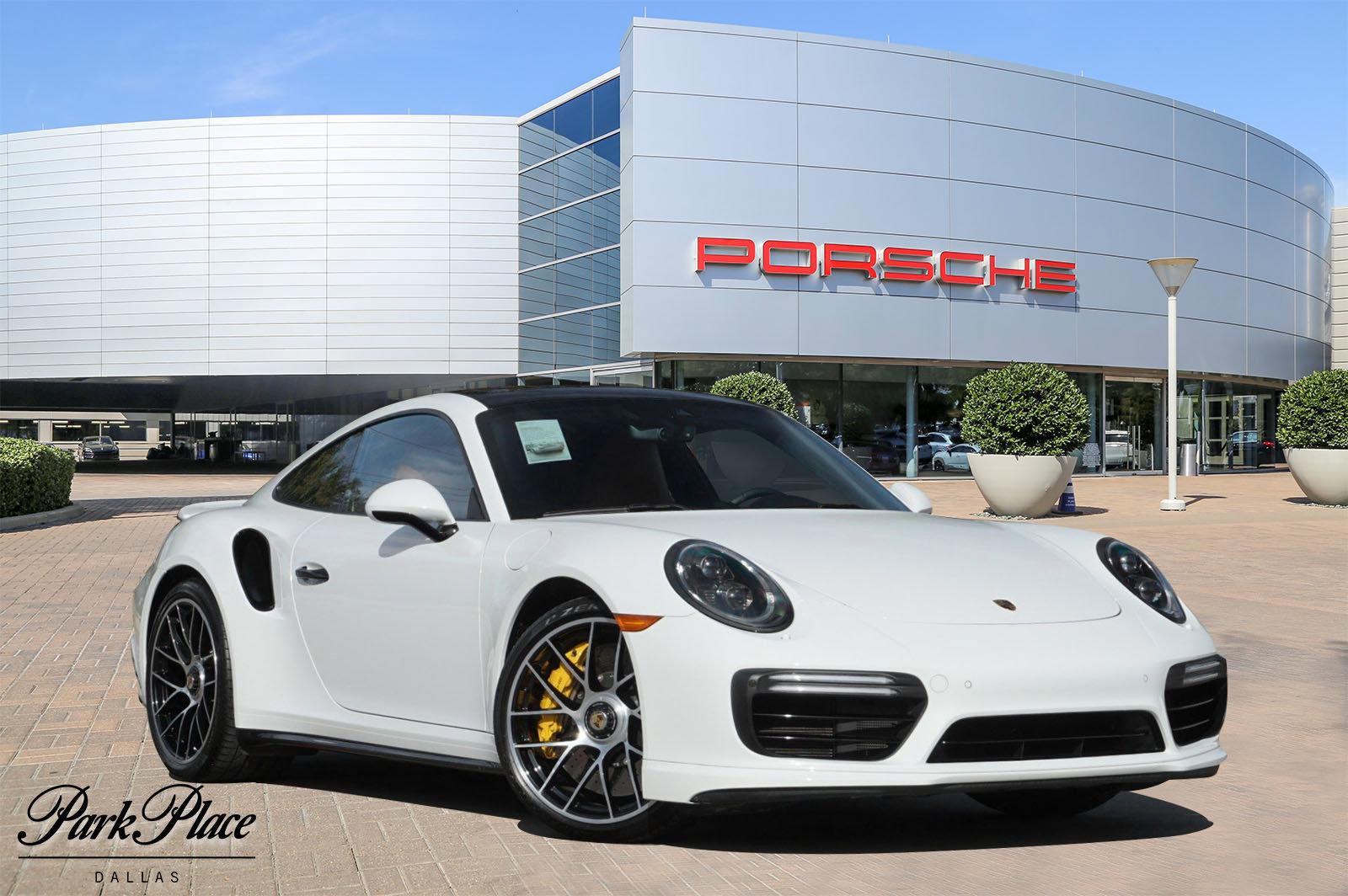 2018 Porsche 911 Turbo S image