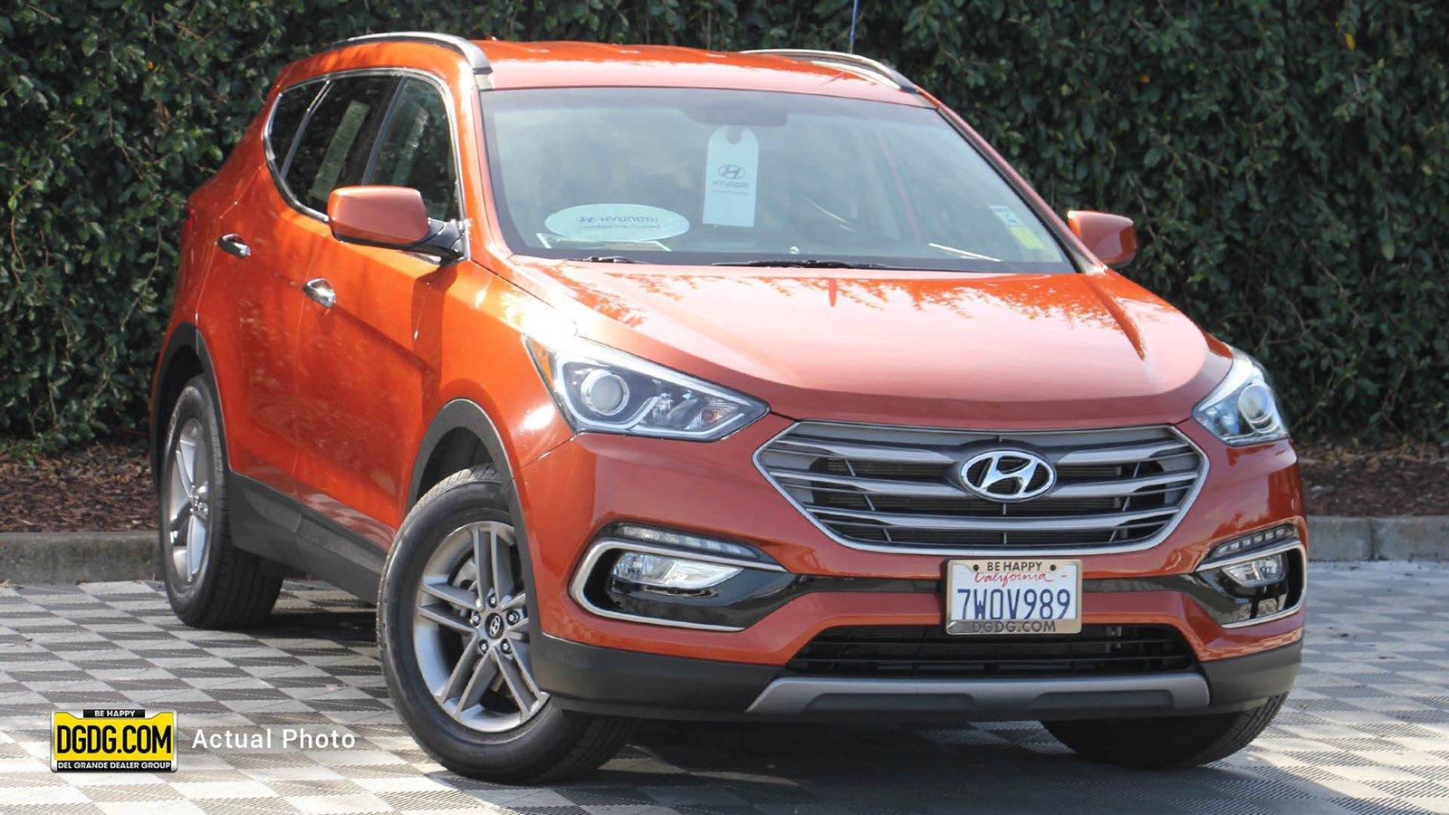 2017 Hyundai Santa Fe FWD Sport image