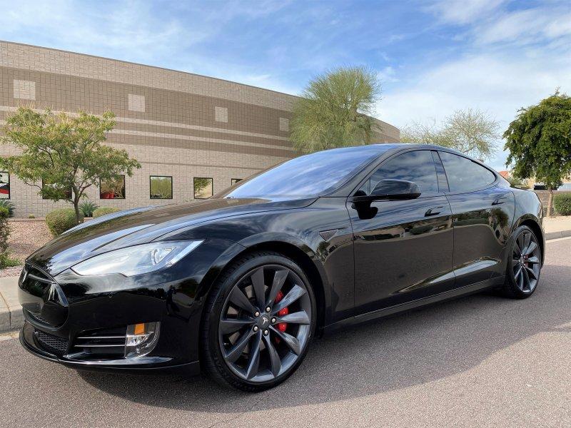2015 Tesla Model S AWD image