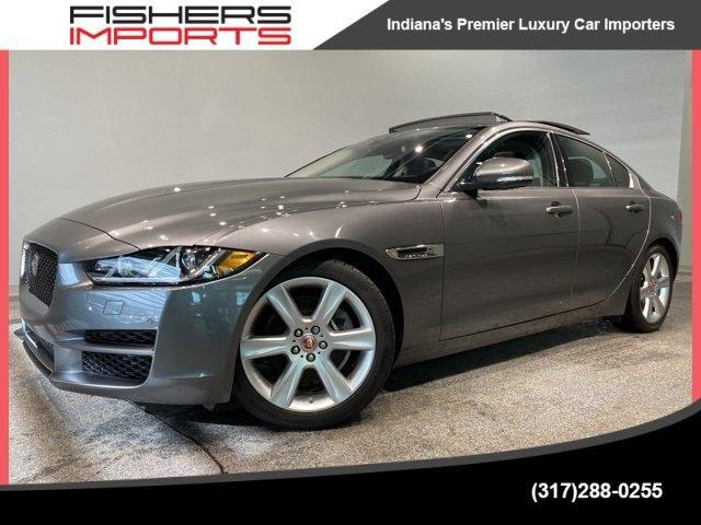 2017 Jaguar XE Premium image