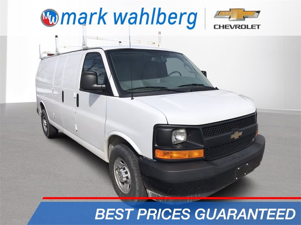 2017 Chevrolet Express 2500 Extended image