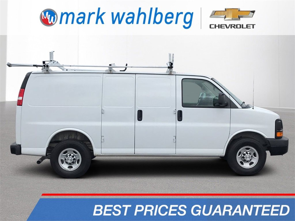 2016 Chevrolet Express 3500  image