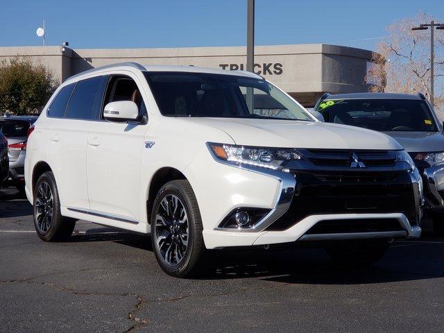2018 Mitsubishi Outlander 4WD Plug-In Hybrid image