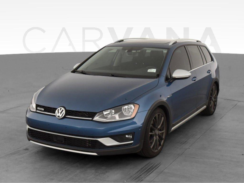 2017 Volkswagen Golf SportWagen S image