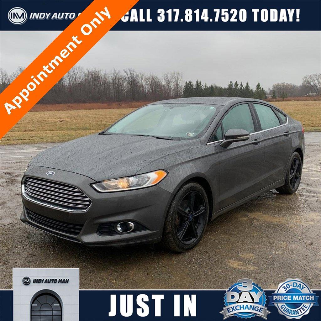 2016 Ford Fusion SE image