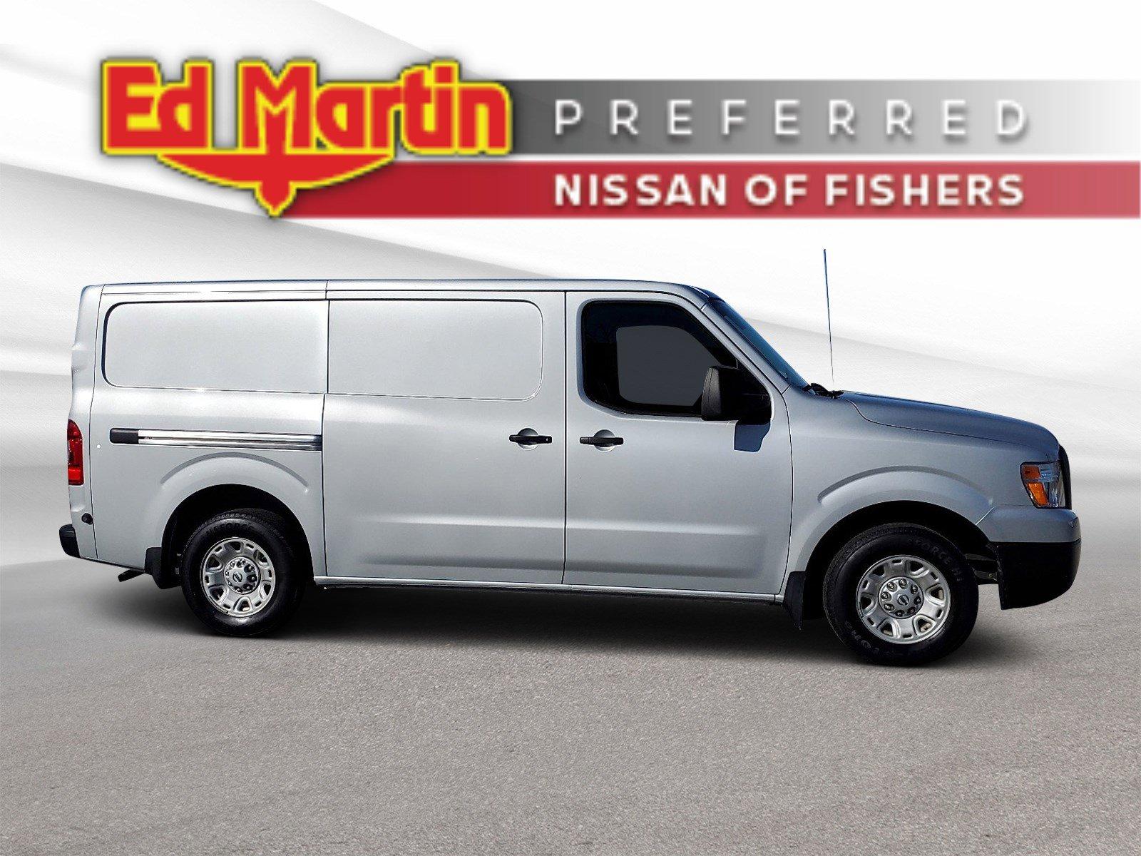 2016 Nissan NV SV image