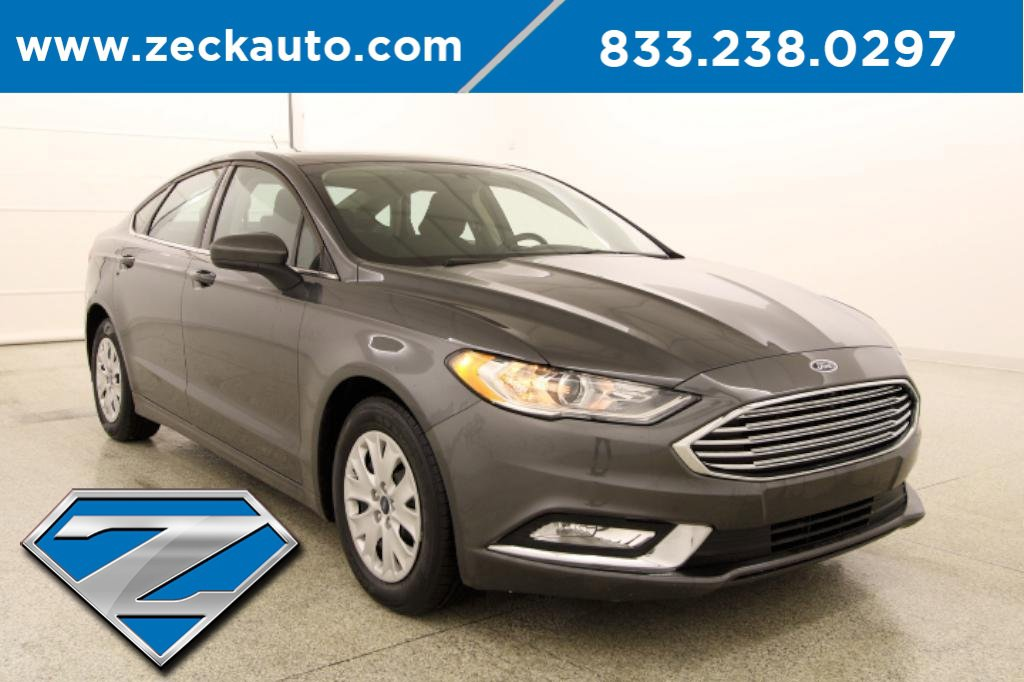 2018 Ford Fusion S image