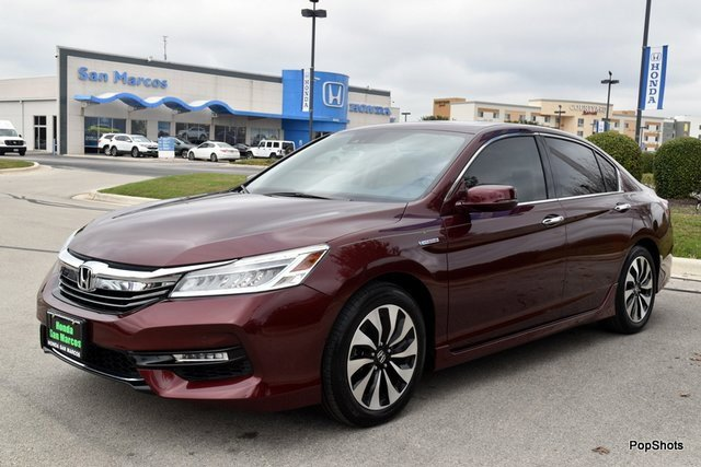 2017 Honda Accord Touring Hybrid Sedan image