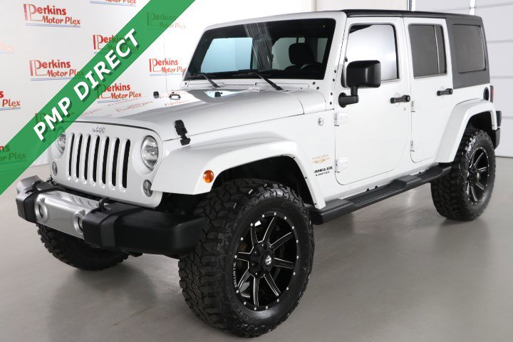 2015 Jeep Wrangler 4WD Unlimited Sahara image