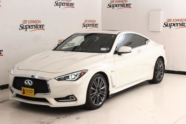 2017 INFINITI Q60 Red Sport 400 Coupe image