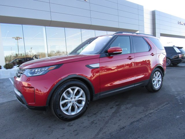 2017 Land Rover Discovery SE image