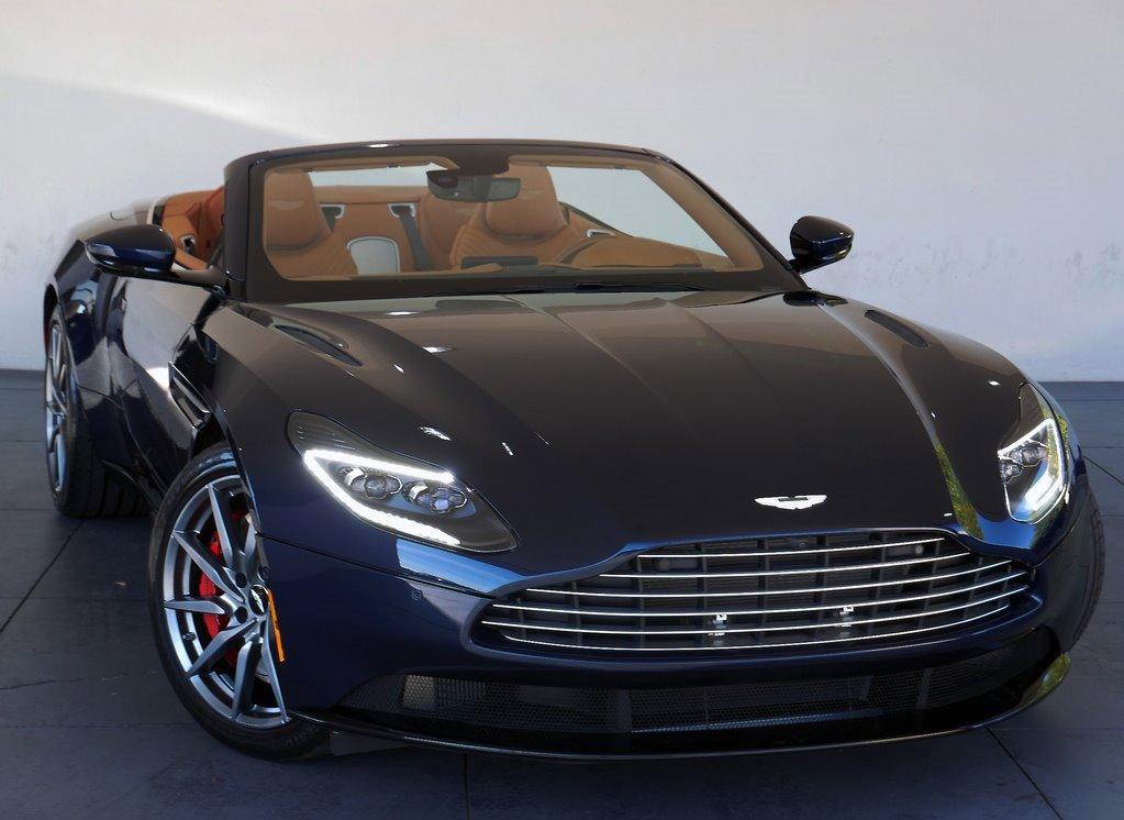 2019 Aston Martin DB11 Volante image