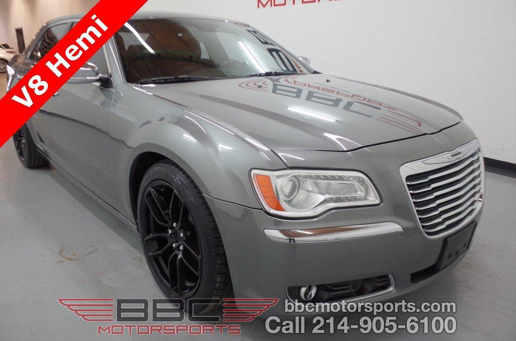 2012 Chrysler 300 C image