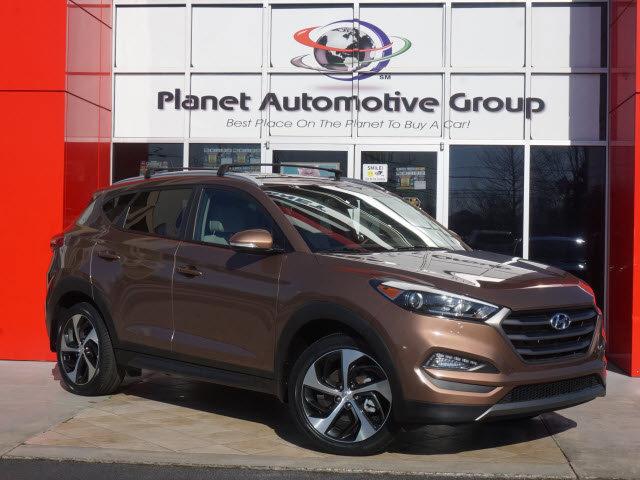 2016 Hyundai Tucson Sport image