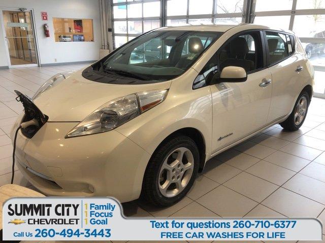 2015 Nissan Leaf SV image