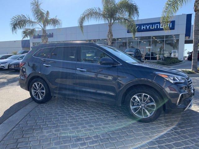 2017 Hyundai Santa Fe FWD SE image