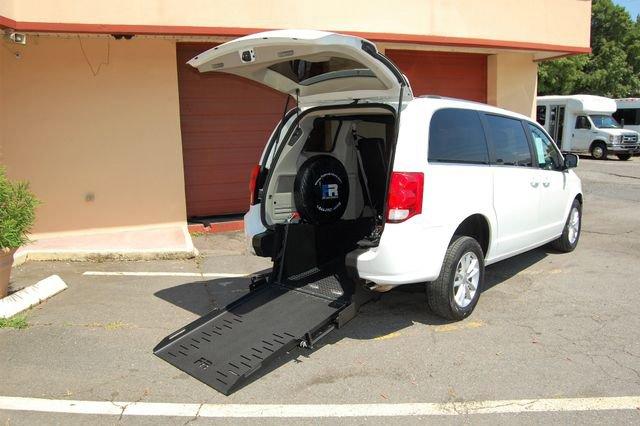 2018 Dodge Grand Caravan SXT image