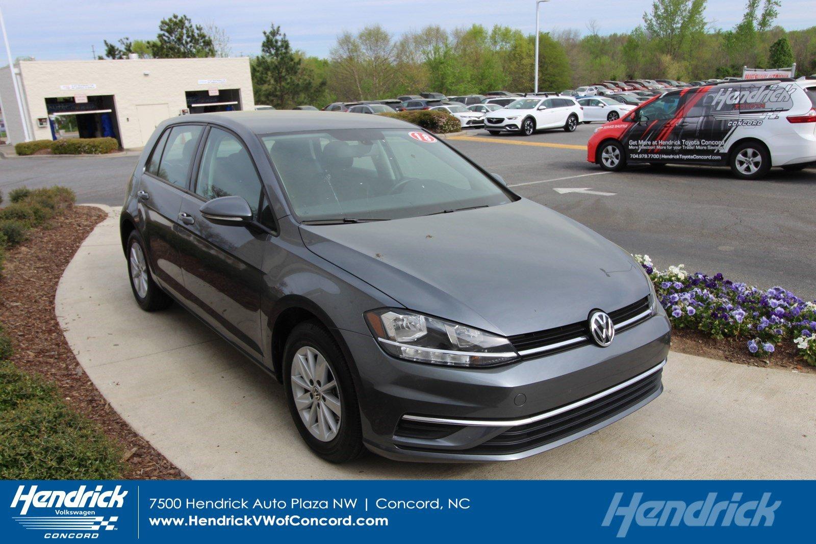 2018 Volkswagen Golf S image