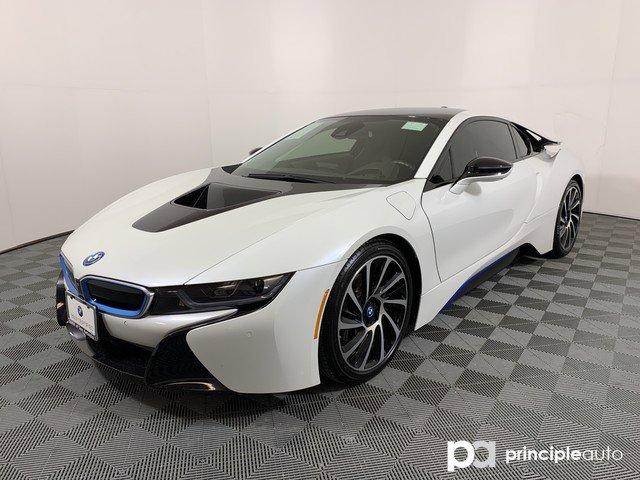 2016 BMW i8  image