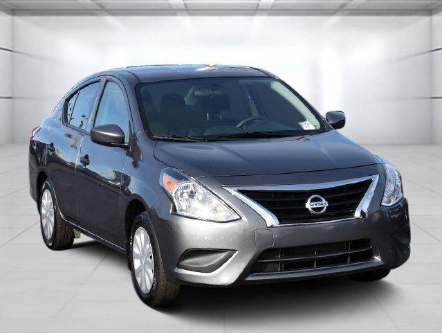 2018 Nissan Versa 1.6 S Plus image