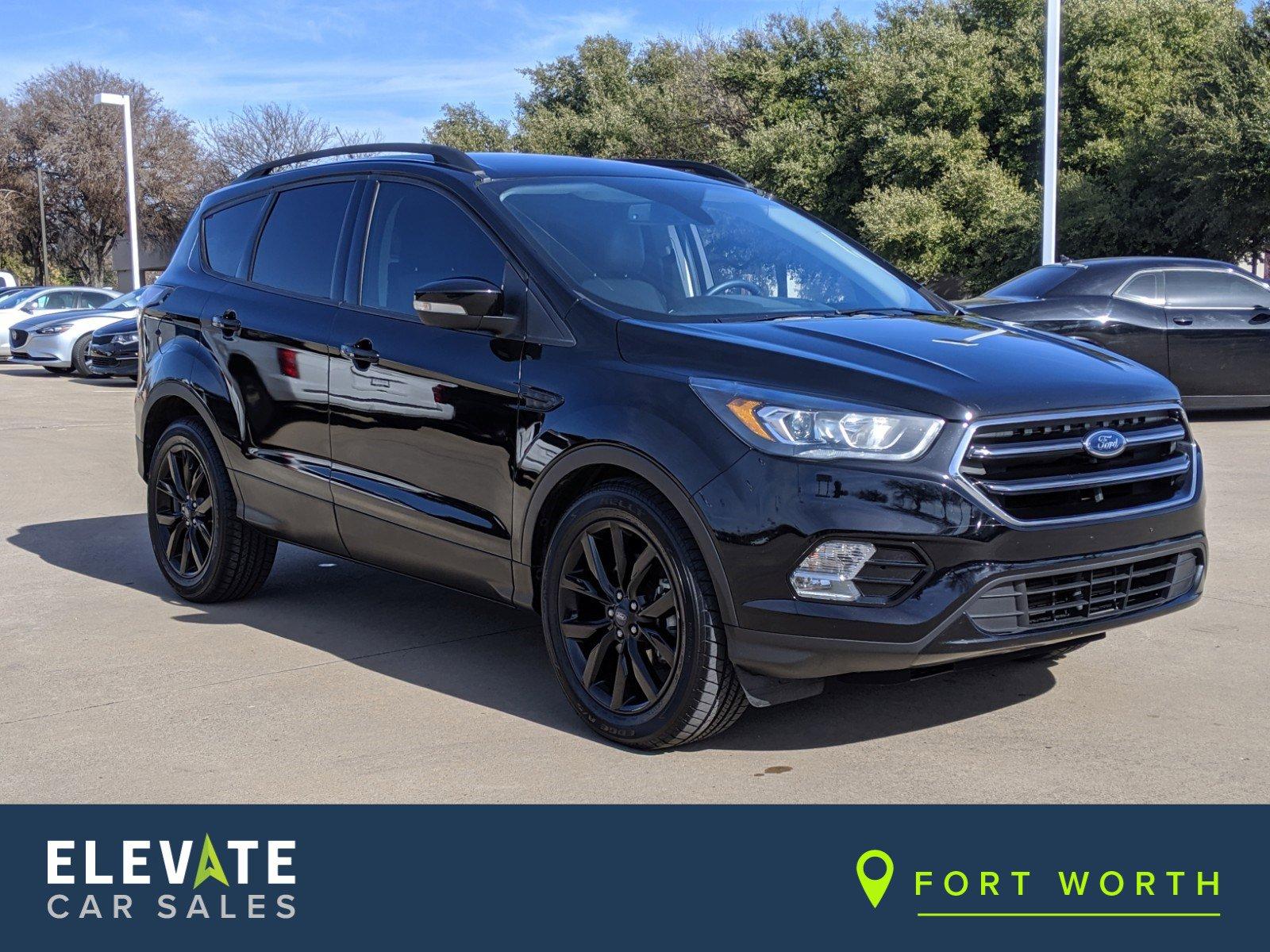 2017 Ford Escape FWD Titanium image
