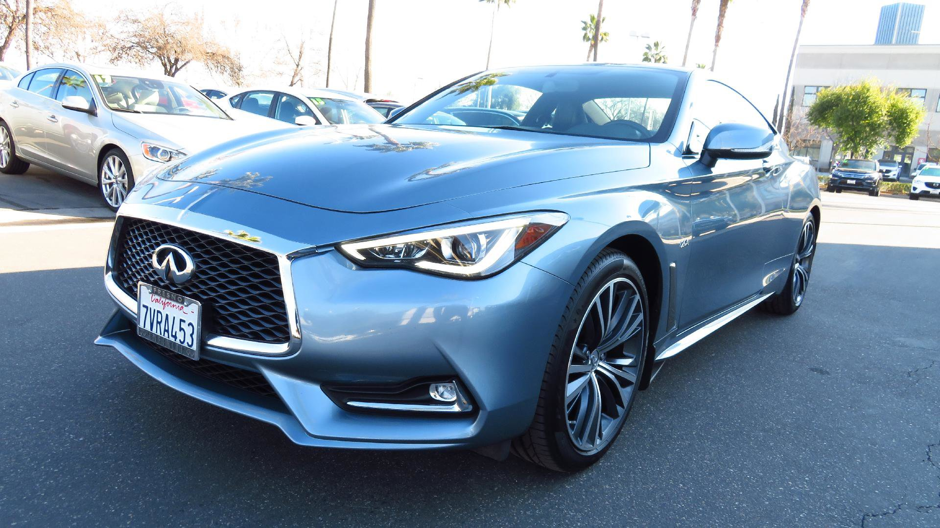 2017 INFINITI Q60 2.0t Coupe w/ MOONROOF PACKAGE image