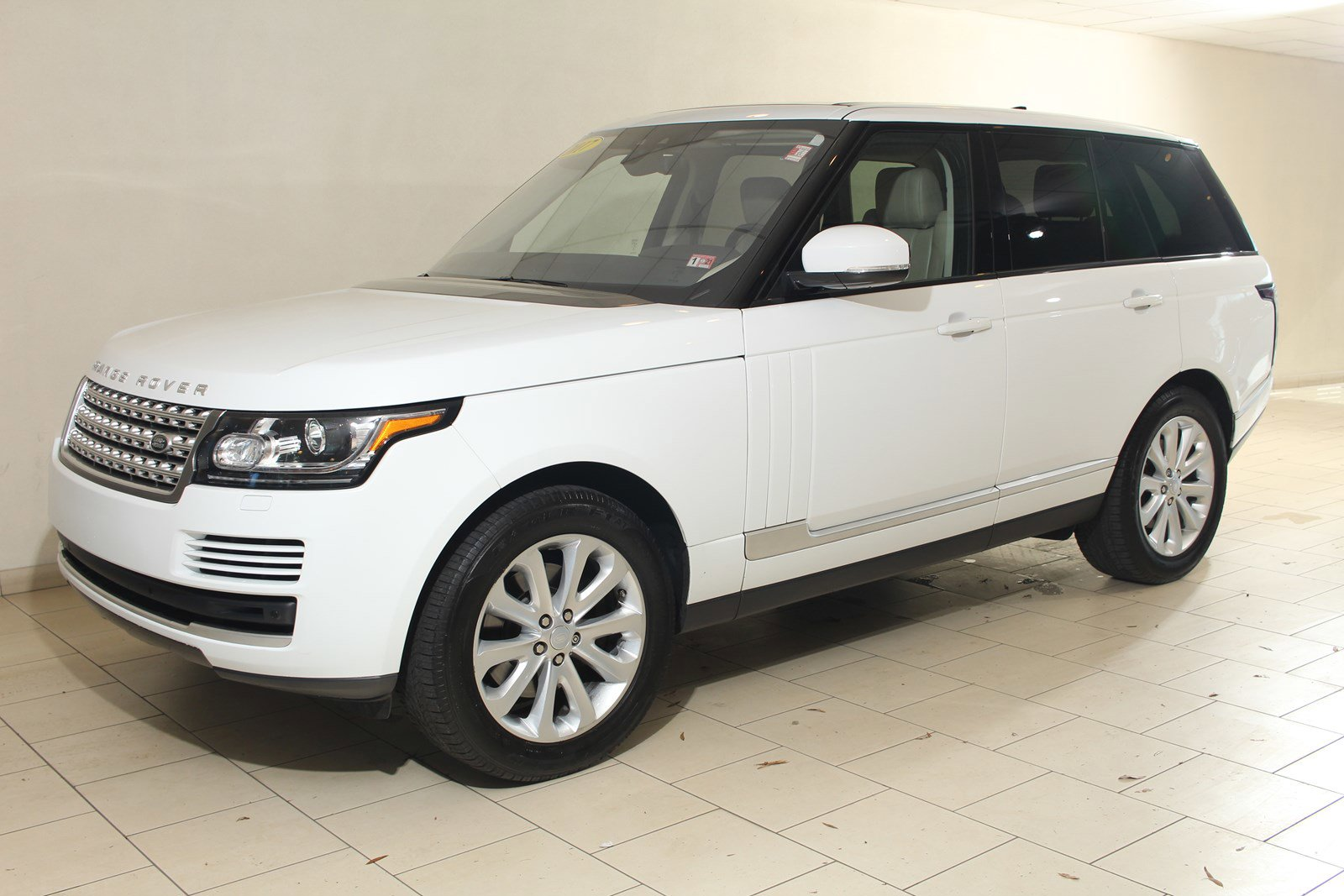2017 Land Rover Range Rover HSE image