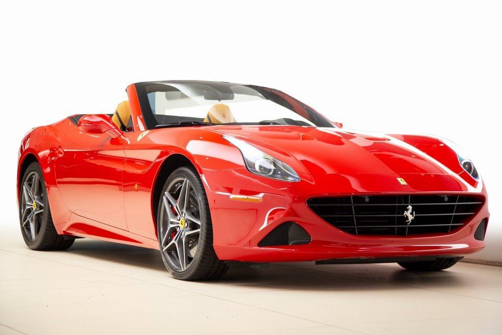2017 Ferrari California T image
