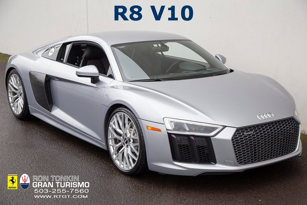 2017 Audi R8 V10 Coupe image