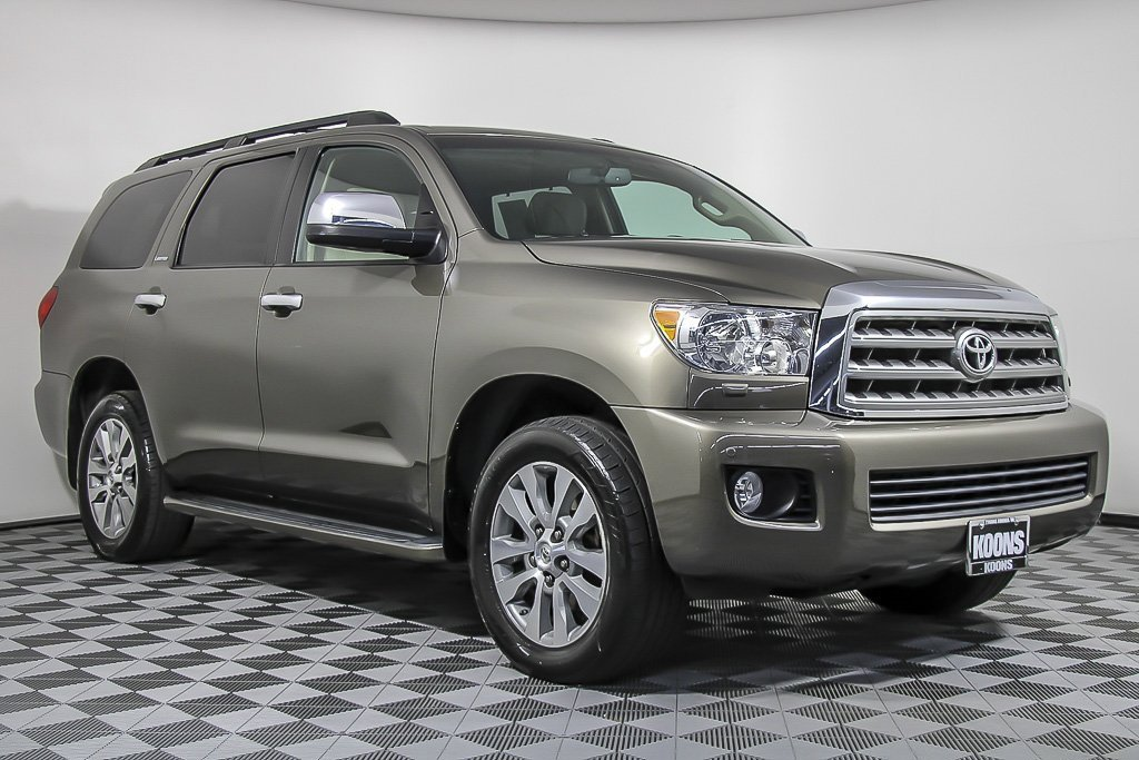2016 Toyota Sequoia 4WD Limited image