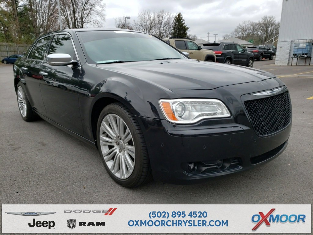 2014 Chrysler 300 C Varvatos Edition image