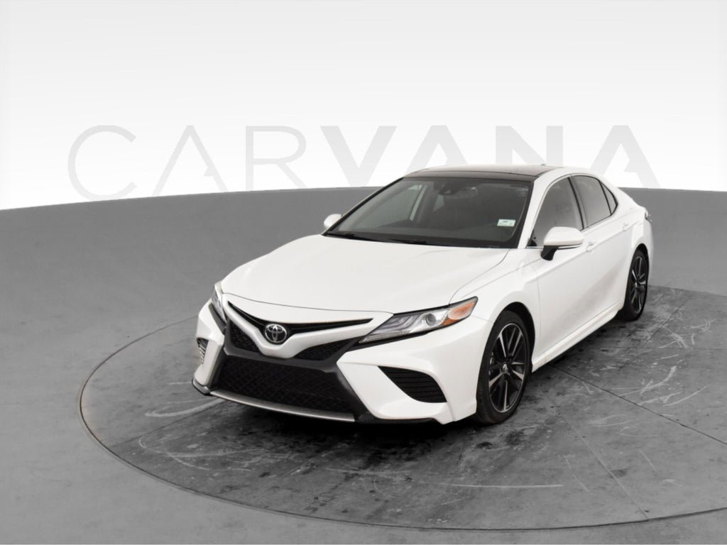 2019 Toyota Camry XSE image