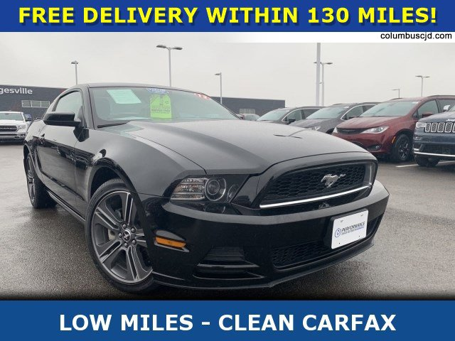 2013 Ford Mustang Coupe image