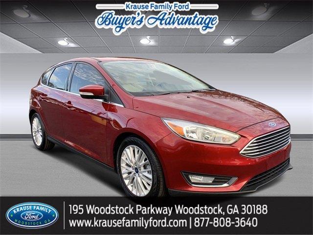 2017 Ford Focus Titanium Hatchback image