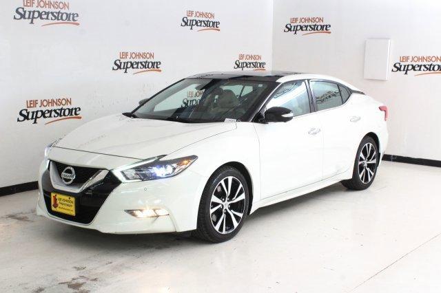 2017 Nissan Maxima Platinum image