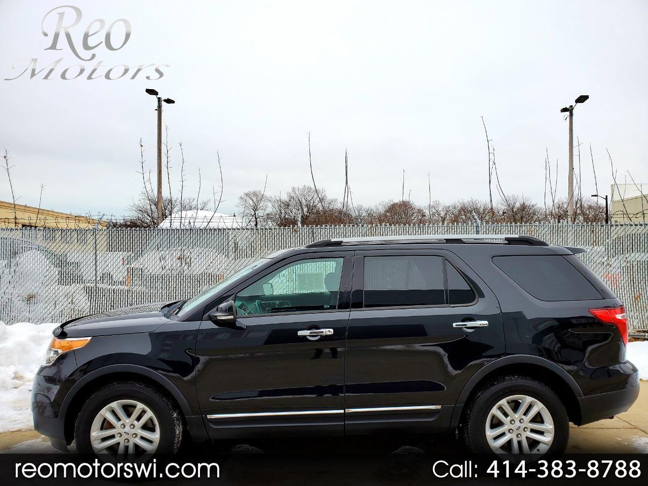 2014 Ford Explorer 4WD XLT image