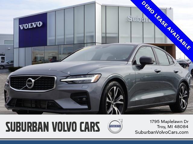 2020 Volvo S60 T6 R-Design AWD image