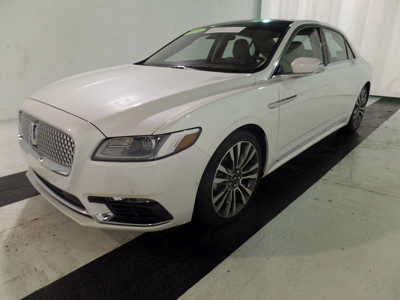2018 Lincoln Continental AWD Reserve image