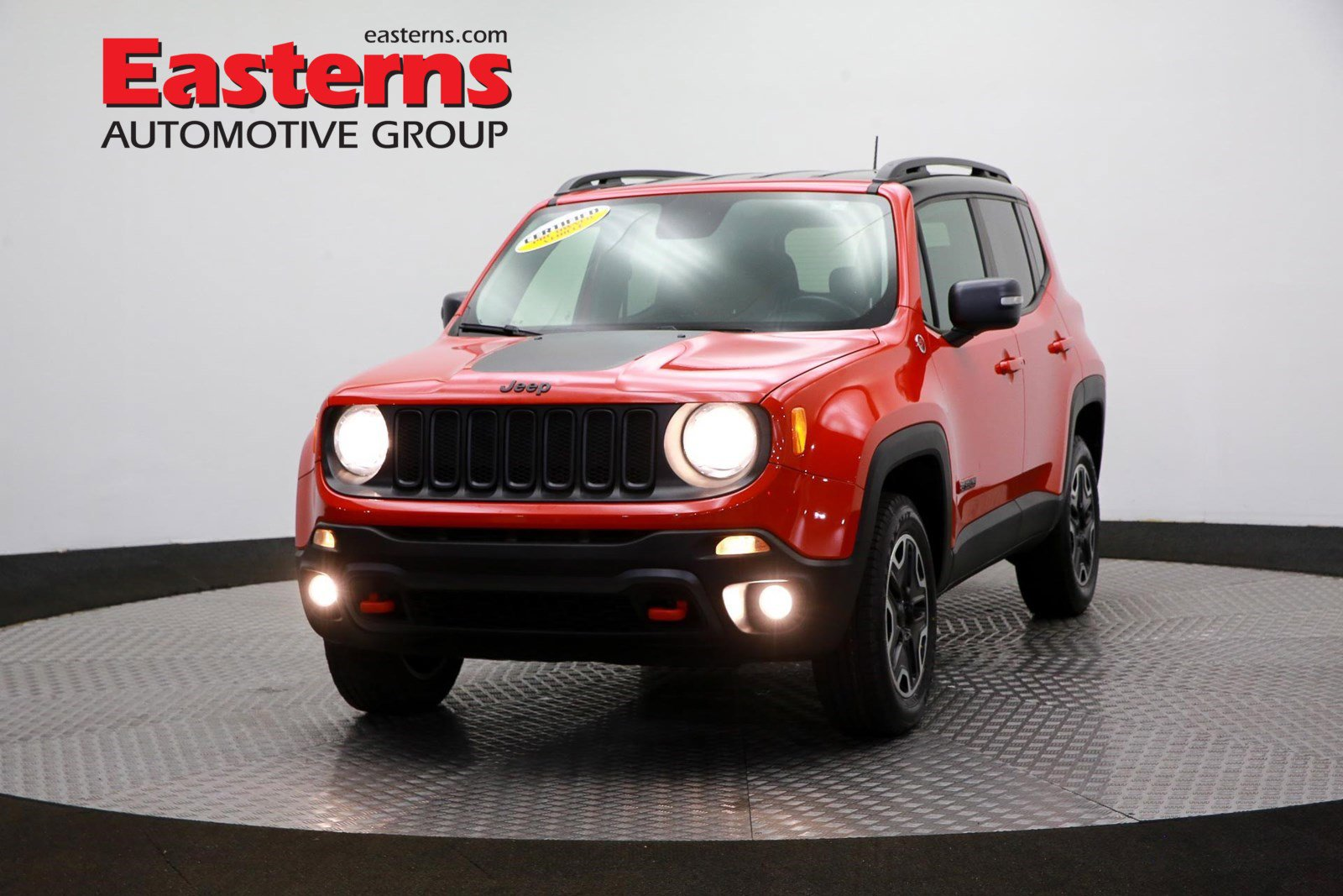 2016 Jeep Renegade 4WD Trailhawk image