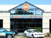 Orange Ford - Mazda