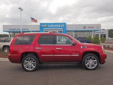 Used 2013 Cadillac Escalade AWD Platinum for sale in Henderson, NC 27536