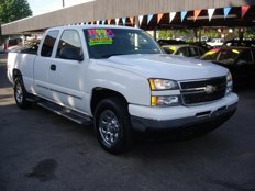Used 2006 Chevrolet Silverado and other C/K1500 4x4 Extended Cab for sale in SEATTLE, WA 98103