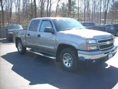 Used 2006 Chevrolet Silverado and other C/K1500 4x4 Crew Cab for sale in Saratoga Springs, NY 12866
