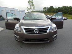 Used 2013 Nissan Altima 2.5 SV Sedan for sale in BOONE, NC 28607