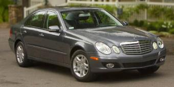 Mercedes-Benz E500 in New York