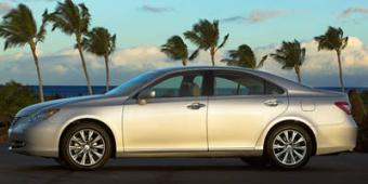 Lexus ES Models in Greenville
