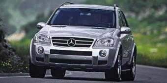 Mercedes-Benz ML350 in Newton