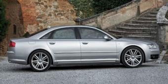 Audi S8 in Fort Smith