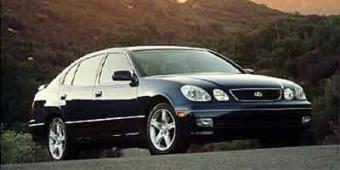 Lexus GS 400 in Caledonia