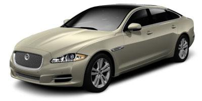 http://images.autotrader.com/pictures/model_info/NVD_Fleet_US_EN/All/13306.jpg